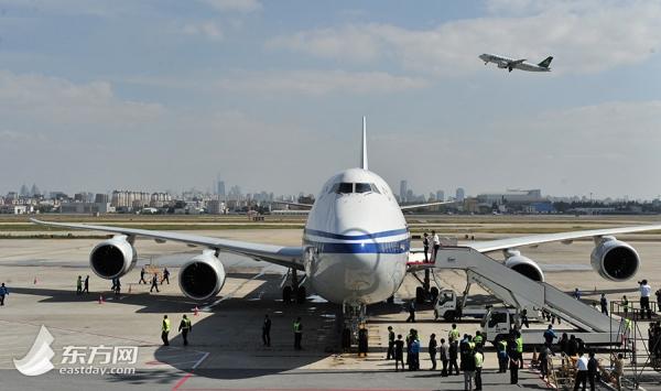 世界最长飞机明年将执飞中美航线(组图)-国际财经