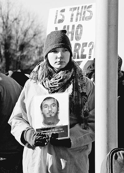 反对关塔那摩监狱虐囚行为 美国民众举行抗议活动(图)