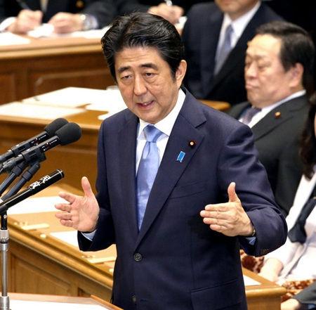安倍提及修改日本宪法第9条 拟明确写进自卫权