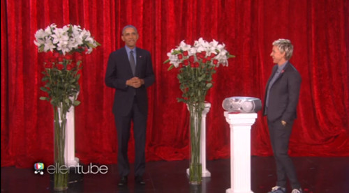 情人节将至 奥巴马与妻子米歇尔隔空秀恩爱(图)