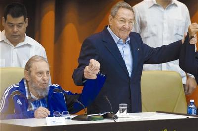 劳尔·卡斯特罗再次当选古共中央第一书记