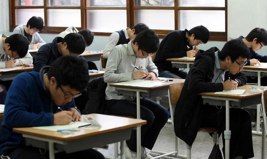 中国人口数量变化图_韩国人口数量2011(2)